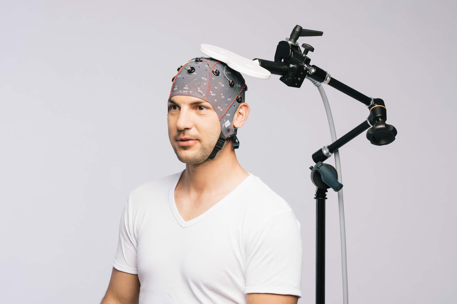 g.Nautilus EEG recordings with TMS